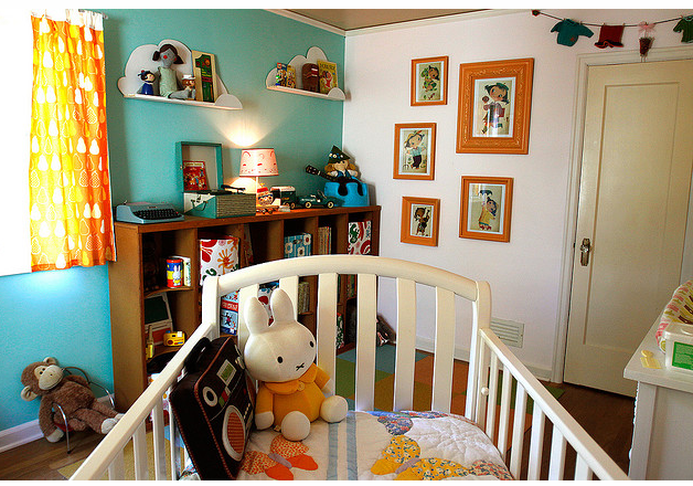 Picture of nursery rooms with baby wall art.PNG