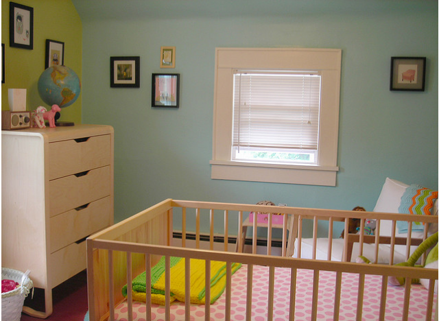 Simple chic baby girl nursery pictures.PNG