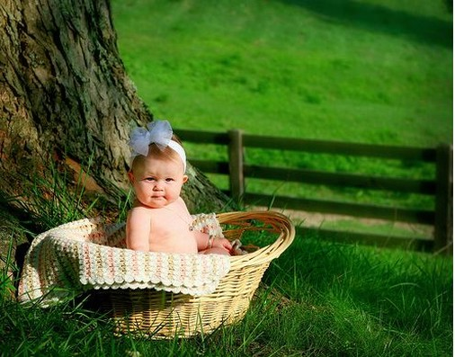 cute baby girl picture in backet.jpg