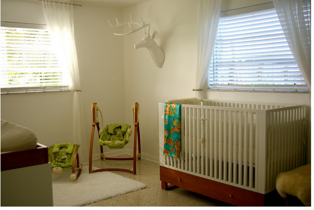 Nature theme nursery with wall art and decor.PNG