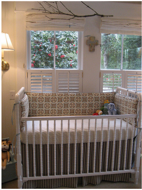 Traditional baby crib picture.PNG