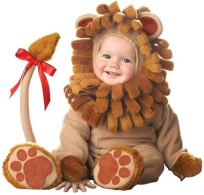 lion baby costume looking so cute.jpg