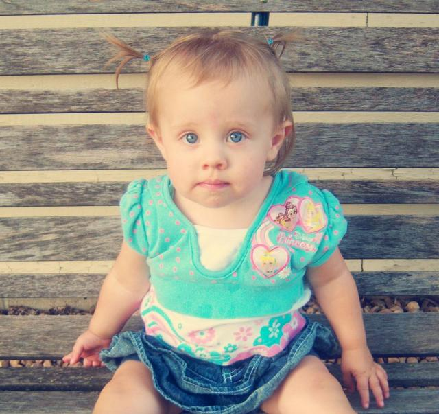 pretty toddler girl photos.JPG