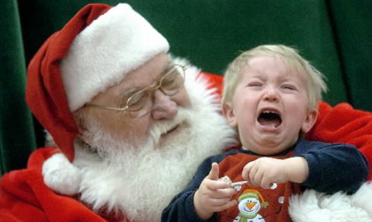 Kids Santa Christmas pictures with crying kid.JPG