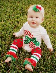 Baby first Christmas photo shoot ideas.JPG