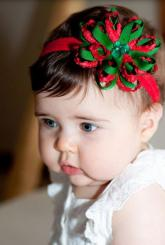 Cute Christmas bow headband in green and red.JPG