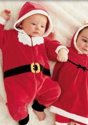 Newborn babys xmas outfits looking so cute.JPG