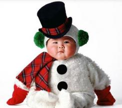 Snowman baby outfit looking so cute.JPG