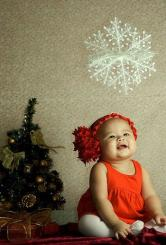 Cute baby girl Christmas picture.JPG