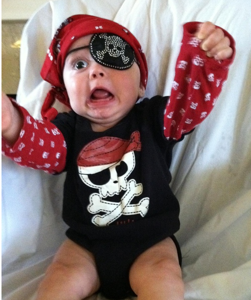 Pirate kids costume.PNG