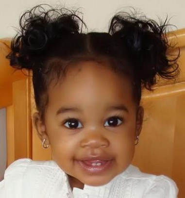 Beautiful Baby Images on Beautiful Black Baby Girl With Her Pretty Hairstyle With A Sweet Smile