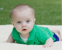 baby in green.PNG
